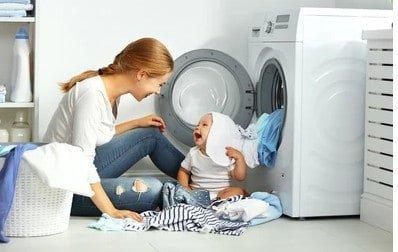 como lavar ropa de bebe